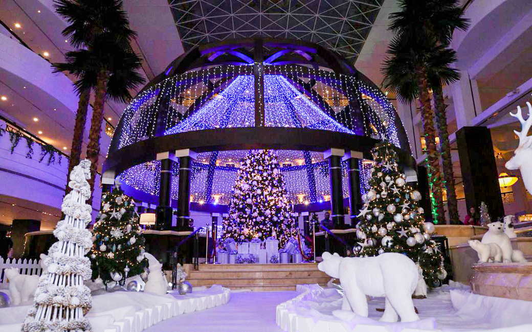 The Festive Tree Lighting ceremony will feature carol singing and traditional festive snacks and beverages