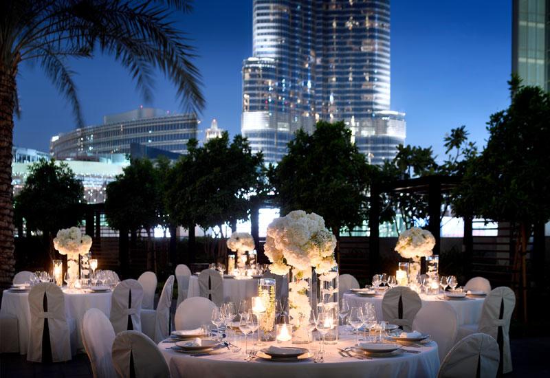 Address Boulevard Pool, wedding