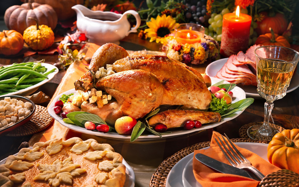 The Thanksgiving meal will feature a carvery station of oven-roasted turkey with sweet cornbread stuffing
