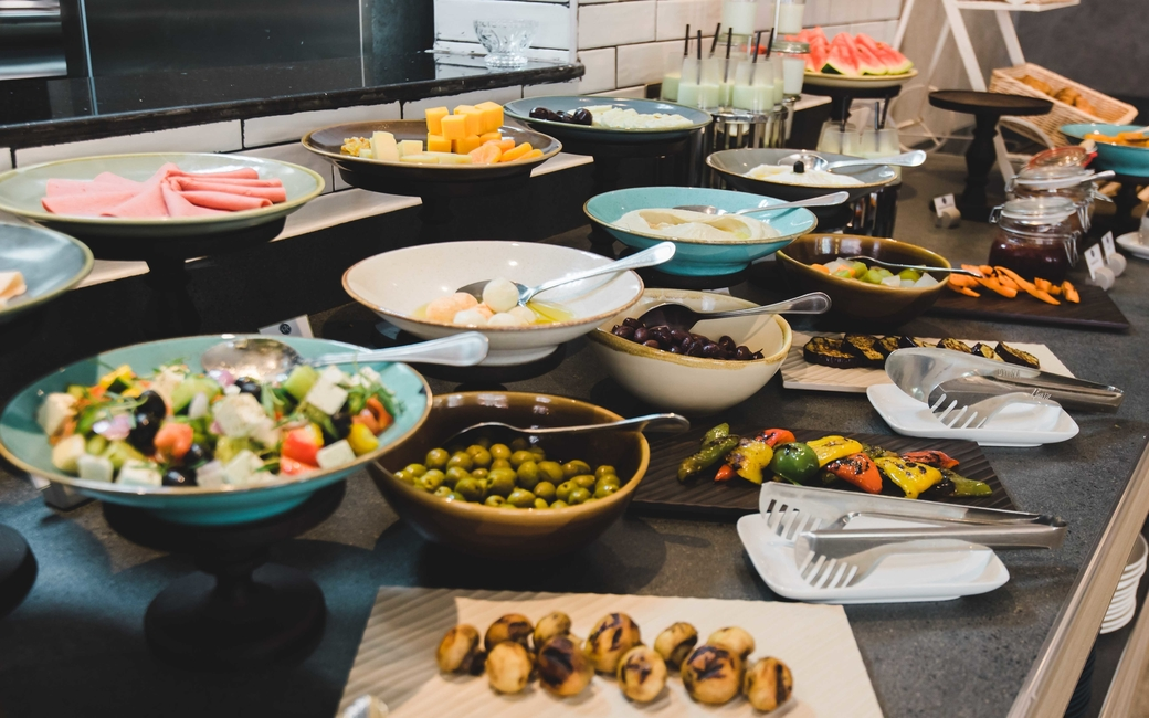 Feta Restaurant at Jannah Marina Bay Suites will be hosting a lunch buffet that will feature a range of Arabic dishes