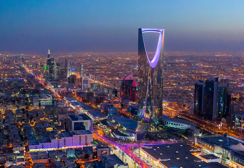 Restaurants in Riyadh can no longer let customers dine-in