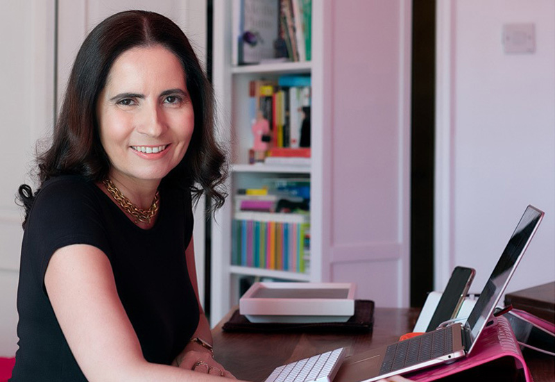 Samantha Wood started the #UAERestaurantsUnite hashtag