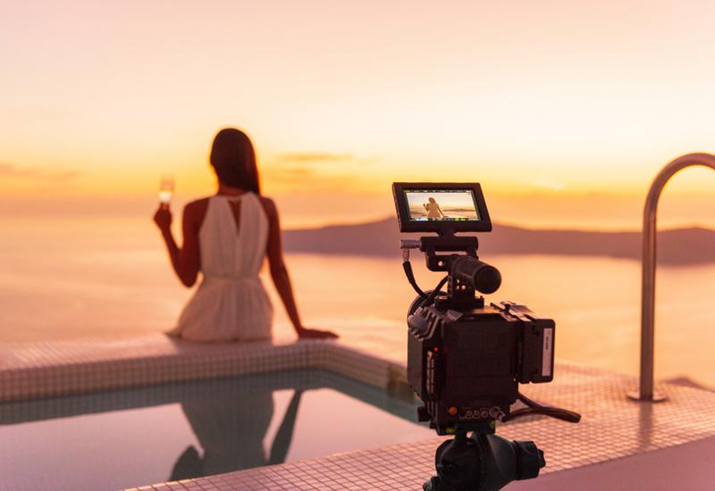 Dubai tourism, Bloggers, Vloggers, Influencers