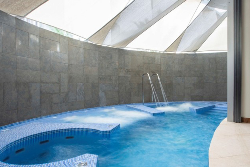 Hydrotherapy pools at SPA